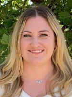 Profile image of Lindsay  Robertson